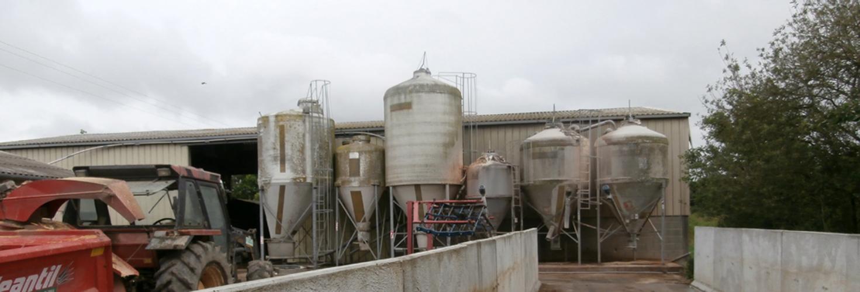 Caractérisation des pratiques alimentaires en production porcine Bio et recommandations pour la formulation des aliments pour améliorer les performances technico-économiques et l'autonomie alimentaire