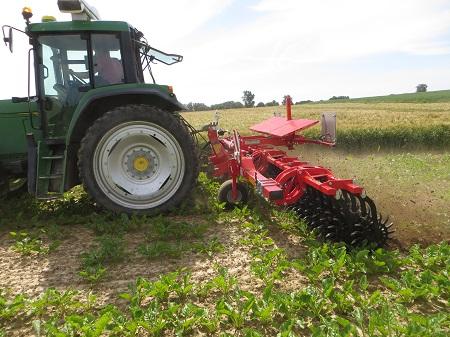 Réduire l'utilisation des herbicides par le désherbage mécanique